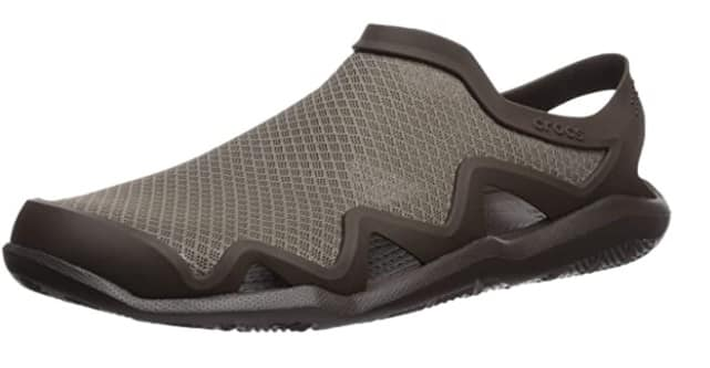 Crocs Men's Swiftwater Mesh Wave Sandal | Casual Outdoor Slip On Sandals for Men