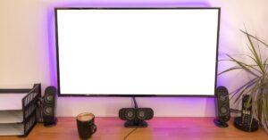 4k monitor and speaker